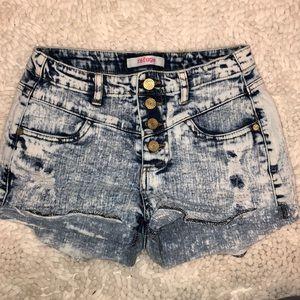 Refuge • Acid washed jean shorts